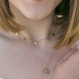 Collar mundo plata bañada en oro 12 mm y collar 5 medallitas plata bañada en oro