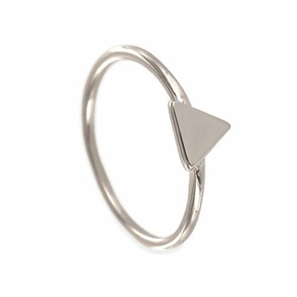 Anillo triángulo en plata de primera ley