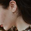 Pendientes ear cuff barras cruzadas y aro con rayo plata bañada en oro