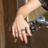 Anillo doble abierto ancho, anillo doble abierto, anillo triple y anillo de curvas cruzadas en plata