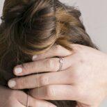 Anillo con zirconita y anillo sierra en plata