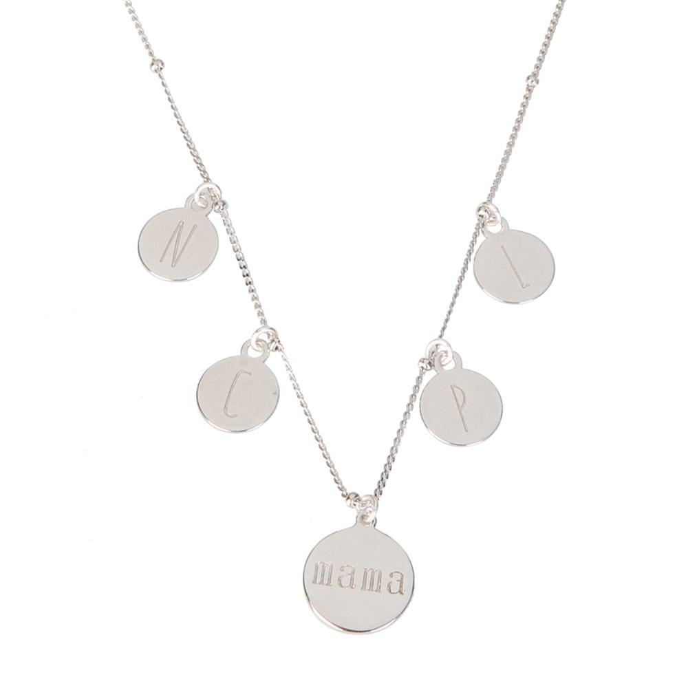 a2804034104f Collar placa mamá con iniciales en plata - Nomada Artesanía