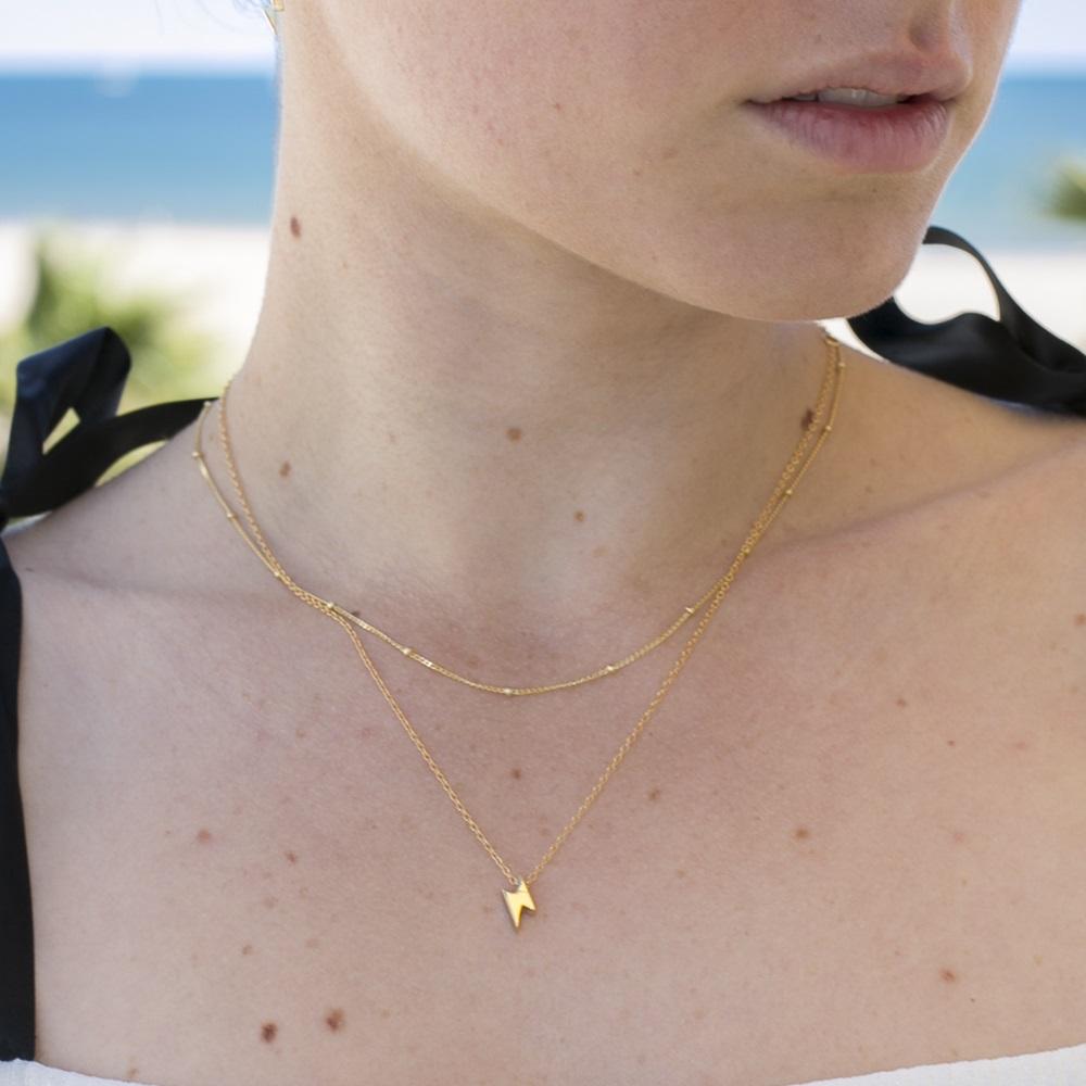 nuevo estilo 2a9e4 b29e8 Collar rayo plata bañada en oro