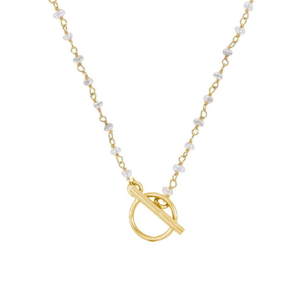 Collar rosario perla con cierre T plata bañada en oro